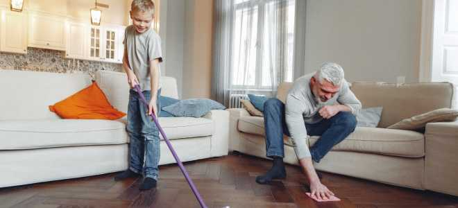 Teenagers and young people should share housework equally with their parents. Do you agree?